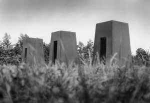 De Tempelhof, beeldend kunstenaars Adelheid & Huub Kortekaas, Tempel, watertempel, architectuur, Bouwkunst, tuinontwerp, inspiratieplek, kunstwerk,
